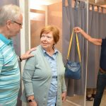 Seniorenberater geben im Modehaus Adler Tipps zum Schutz vor Spitzbuben