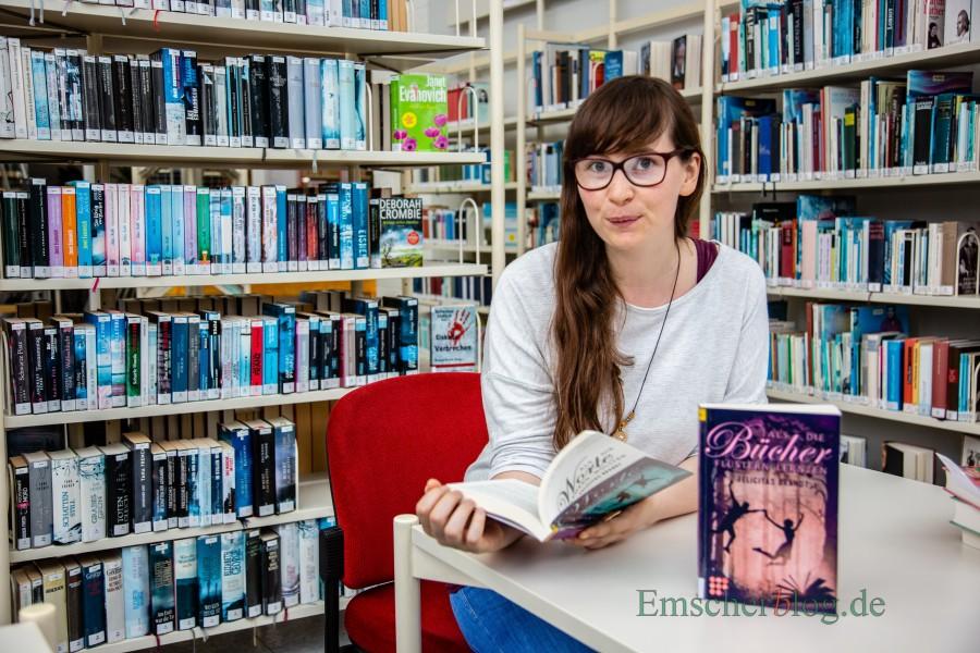 Heimspoiel für die Holzwickederin felicitas Brandt: Die junge SAutorin liest am Freitag nächser Woche aus ihrem zweiuten Roman in der Gemeinde-Bibliothek. (Foto: P. Gräber - Emscherblog.de)