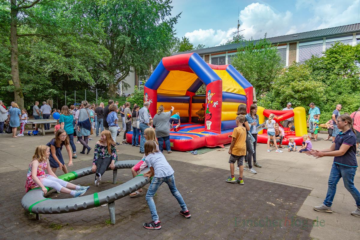 Mit einem großen Schulfest feierte die Paul-Gerhardt-Schule in Hengsen heute ihren 60. Geburtstag. (Foto: P. Gräber - Emscherblog.,de)