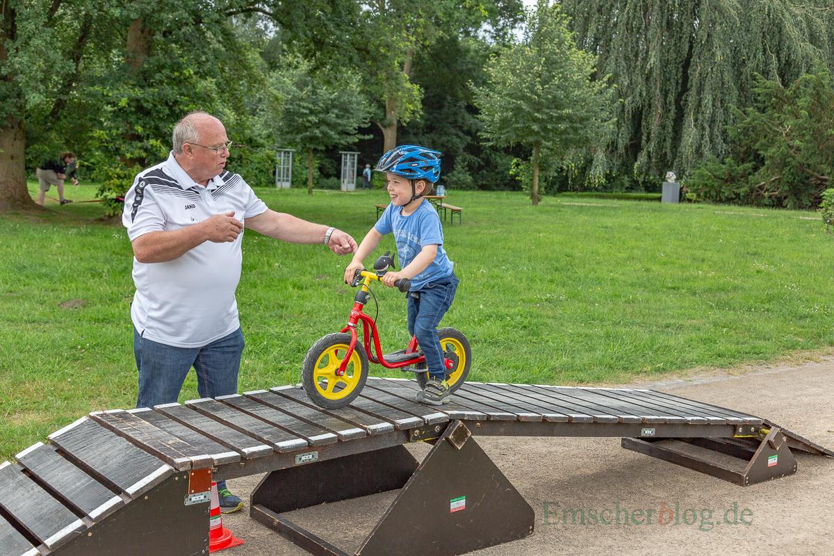 Für die Jüngsten war ein Hindernispracours aufgebaut. (Foto: P. Gräber - Emscherblog.de)