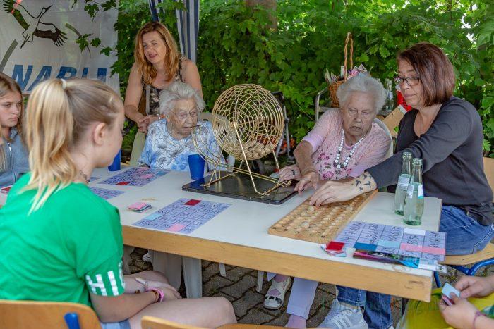 Sogar Bingo, Lieblingsspiel der älteren Generationen, wurde an einem Stand angeboten. (Foto: P. Gräber - Emscherblog.de)