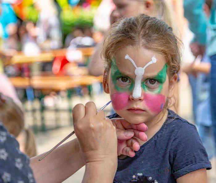 Eine ernste Sache: Wer schön sein will - darf keine Miene verziehen. (Foto: P. Gräber - Emscherblog.de)