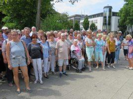 Die Teilnehmer der Sommertour des HSC-Gesundheitssports in Detmold. Foto: privat)