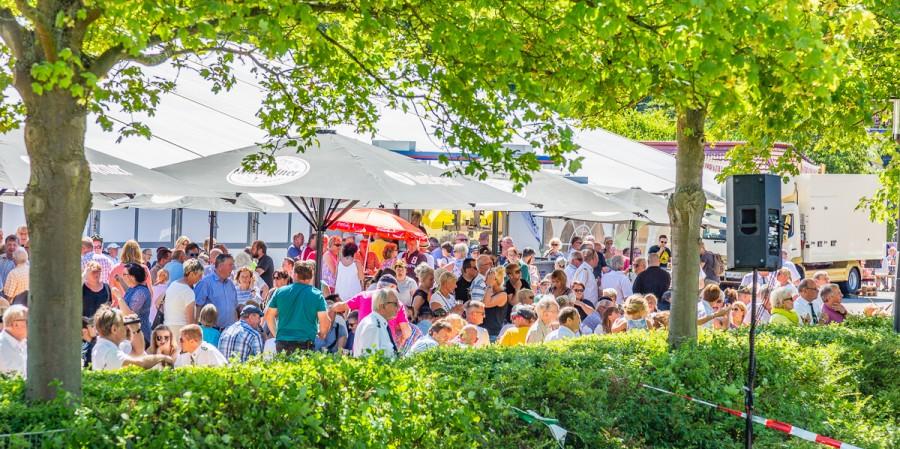 Das Schützenfest war zum Vogelschießen recht gut besucht. (Foto: P. Gräber - Emscherblog.de)