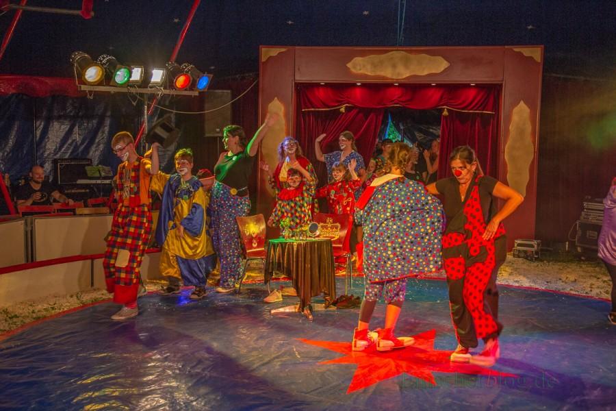 Mit einer Zirkusvorstellung beging die Karl-Brauckmann-Schule heute ihren 40. Geburtstag. (Foto: P. Gräber - Emscherblog.de)