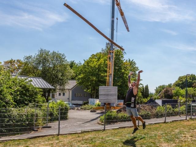 Am Samstag (4.8.) feierte das Bergdorf Hengsen das 4. Haarstrangfest mit den Highland Games auf dem Hof Strenge-Erbstößer. (Foto: P. Gräber - Emscherblog.de)