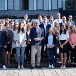 Dem Nachwuchs eine Chance: 23 junge Leute starten beim Kreis ins Berufsleben