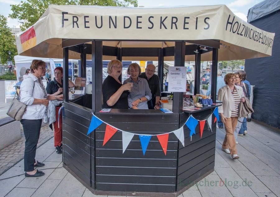 Zwei Dutzend Vereine und Institutionen feiern das Jubiläum der Gemeinde beim Holzwickeder Sommer mit: Auch der Freundeskreis ist wie im Vorjahr wieder mit dabei. (Foto: P.- Gräber - Emscherblog.de)
