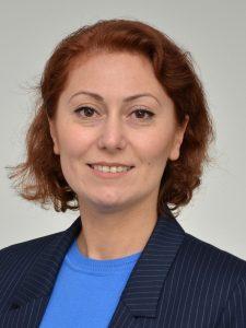 Pflegeberaterin Gülay Offele. (Foto: B. Kalle - Kreis Unna)