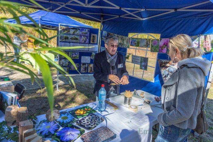 Die Besucher des Herbstfestes konnten sich an diesem Stand über Wildbienen informieren. (Foto: P. Gräber - Emscherblog.de)