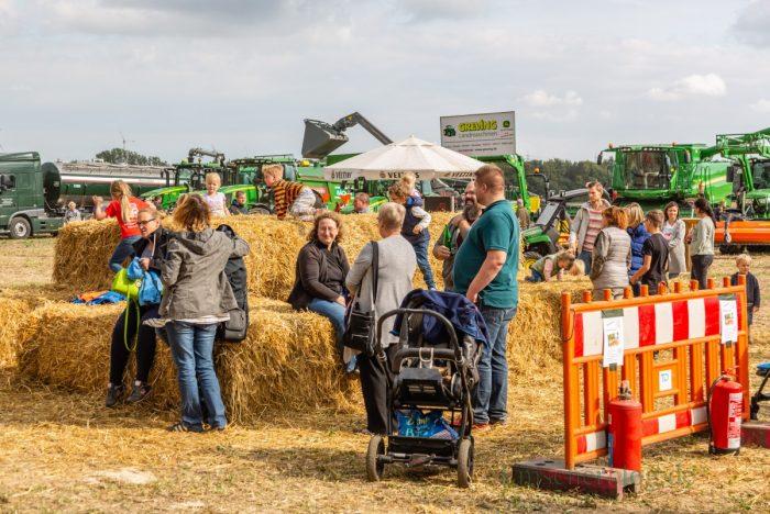 Die Schlüter und Schlepperfreunde veranstalteten an diesem Wochenende die Ackertage auf einem Gelände Am Stuckenberg. (Foto: P. Gräber - Emscherblog.de)