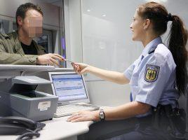 Die Bundespolizei nahm am Wochenende am Flughafen zahlreiche gesuchte Personen fest: Einreisekontrolle am Flughafen Dortmund. (Foto: Flughafen Dortmund)