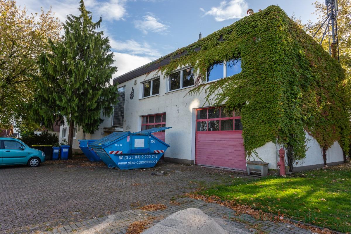 Künftiges Domizil der kommunalen Wasserversorgung: das ehemalige Feuerwehrgerätehaus Auf dem Blick 2a. (Foto: P. Gräber - Emscherblog.de)