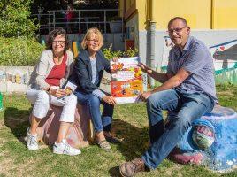 """Stellten das Projekt """"Fit in Deutsch"""" vor, v.l.: Maria Galisteo, Anne Nikbin (beide KI) und Klaus Neumann, Leiter Treffpunkt Villa.(Foto: P. Gräber - Emscherblog.de)"""