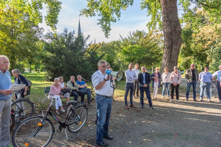 Der Umweltausschusses (Foto) rettete mit seinem Beschluss die Bäume im Park, verhinderte er den Kita.Neubau.  (Foto: P. Gräber - Emscherblog.de)