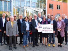 Hartmut Ganzke (6. v.r.) führt ab dem 1.1.2019 gemeinsam mit seinem Vorstandsteam den neuen Unterbezirk Ruhr-Lippe-Ems.