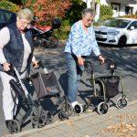 Seniorenberater geben Tipps zum richtigen Umgang mit Rollatoren