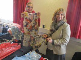 Der 4. Ladie's Fashion Markt des Holzwickeder Sport Clubs (HSC) am 4. November wird wieder zahlreiche Schnäppchenjäger anlocken. Das Foto zeigt die dritten Auflage im Vorjahr. (Foto: privat)
