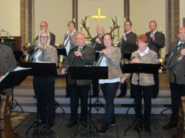 Die Holzwickeder Jagdhornbläser laden zur ökumenischen Hubertusmesse in die Liebfrauenkirche ein. (Foto: privat)