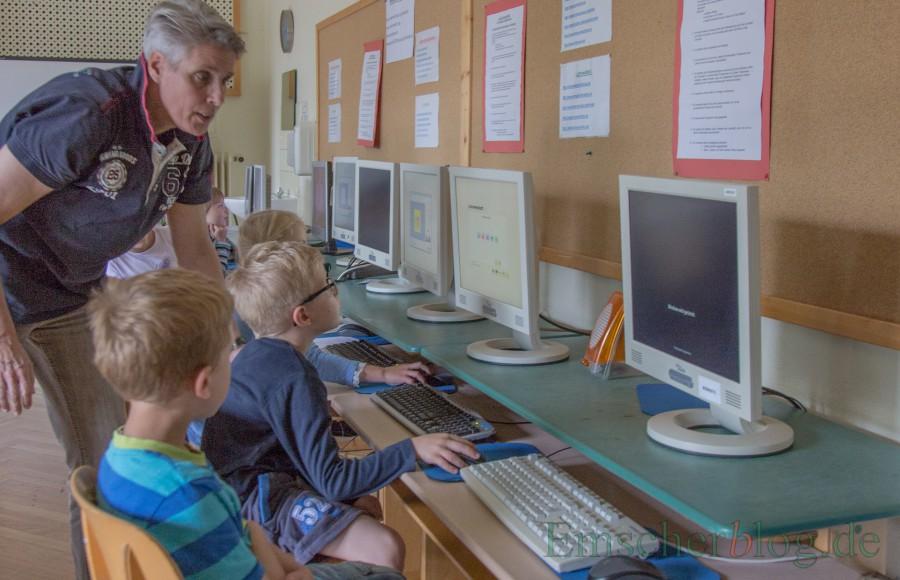 Längst keine Selbstverständlichkeit an Holzwickeder Schulen: Compute rund digiutale Endgeräte für die Schüler. gerade einmal 16 Prozent aller Schülöer sind damit versorgt. (Foto: P. Gräber - Emscherblog.de)