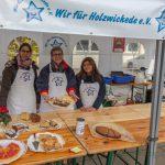 """Verein """"Wir für Holzwickede"""" verkauft Kuchen für guten Zweck auf Wochenmarkt"""