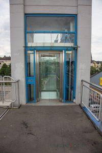 Die Aufzüge der Carolinebrücke sind immer wieder Ziel von Vandalismus. (Foto: P. Gräber - Emscherblog.de)
