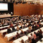 400 Kita-Mitarbeitende der AWO kamen zum Informationsaustausch zusammen