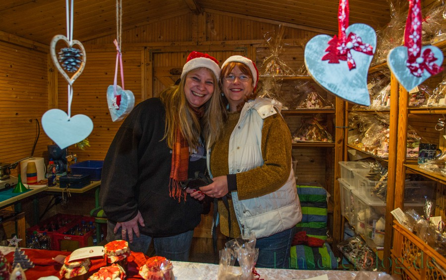Die Holzwickeder lieben ihren dreitägigen Weihnachtsmarkt und freuen sich auf die Eröffnung am Freitag um 18 Uhr . (Foto: P. Gräber - Emscherblog.de)