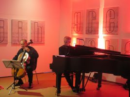 """""""Französische Impressionen"""" präsentieren die beiden Ausnahmemusiker Anton Niculescu (Violoncello) und Bertrand Giraud (Klavier) am Donnerstag auf Haus Opherdicke. (Foto: Celloherbst.de)"""