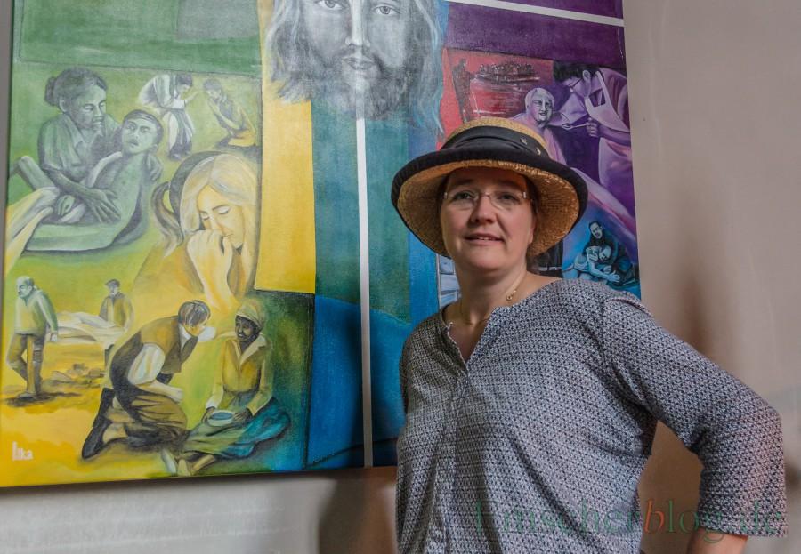 Die Holzwickeder Künstlerin Ilka Breker bietet zwei neue Kreative Malwerkstätten im neuen VHS-Programm an. (Foto: P. Gräber - Emscherblog.de)