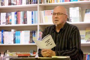 Liest beim Kulturabend aus seinen Arbeiten: der Autor Hans-Werner Kube. (Foto: privat)