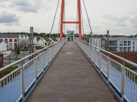 Der gesamte Verlkauf der Carolinebrücke, die Fahrstühle und Treppen werden zeitnah videoüberwacht, kündigte die Verwaltung heute im Planungs- und Bauausschuss an. (Foto: P. Gräber - Emscherblog)