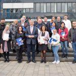Feierstunde zur Einbürgerung: Kreis heißt 21 Neubürger willkommen