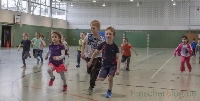 In der zweiten Altersgruppen gingen, nicht minder ehrgeizig, die fünf- und sechsjährigen Kinder an den Start. (Foto: P. Gräber - Emscherblog)