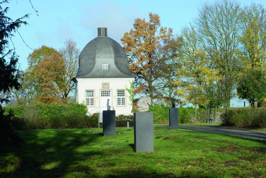 Der Skulpturenpark wird mehrfach zum Ort von Kultur und Begegnung. (Foto: Thomas Kersten)