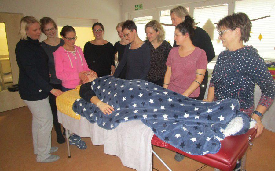 Zu einem Wohlfühl- und Entspannungstag trafen sich Mütter am Samstag (2.2.) im ev. Familienzentrum Löwenzahn. (Foto: privat)