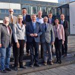 Bürgermeister unterschreiben Vertrag: Kreis Unna erstellt Mietspiegel