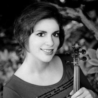 Ioana Cristina Goicea mit ihrer Violine. (Foto: privat)
