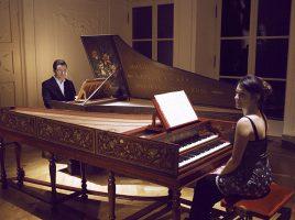 In ihrem Element: Aleksandra und Alexander Grychtolik an ihren Cembali. (Foto: Grychtolik)