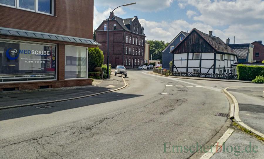 Der Bürgerblock hat einen Rad- und Gehweg an der Sölder Straße beantragt: Ohne Grunderwerb im Engpass zwischen Steinstraße und Breiter Weg wird dieser nicht zu realisieren sein. (Foto: P. Gräber - Emscherblog)