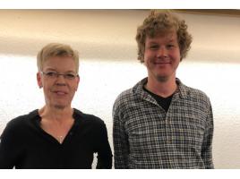 Die Caritas erweitert ihr Beratungsangebot für Flüchtlinge in Holzwickede: Christine Adolf (l.) mit ihrem neuen Kollegen Malte Bleichwehl. (Foto: Gemeinde Holzwickede)