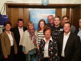 Das Foto zeigt Dr. Renate Sommer (2.v.l.) mit CDU-Vorstandsmitgliedern. (Foto: CDU)