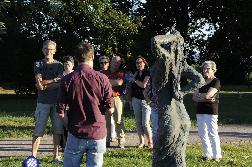 Führungen durch den Skulpturenpark stehen wieder auf dem Programm. (Foto: Linda Peloso)