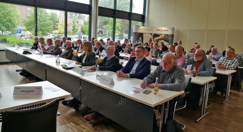 Bei der Mitgliederversammlung des KreisSportbundes am Donnerstag im Kreishaus war der Sitzungssaal gut gefüllt. (Foto: KSB Unna)