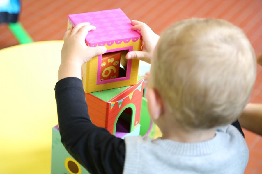 Das Kreis-Jugendamt plant eine Großtagespflegestelle mit bis zu neun Betreuungsplätzen für U3-Kinder in Holzwickede. (Foto Carole LR/Pixabay)