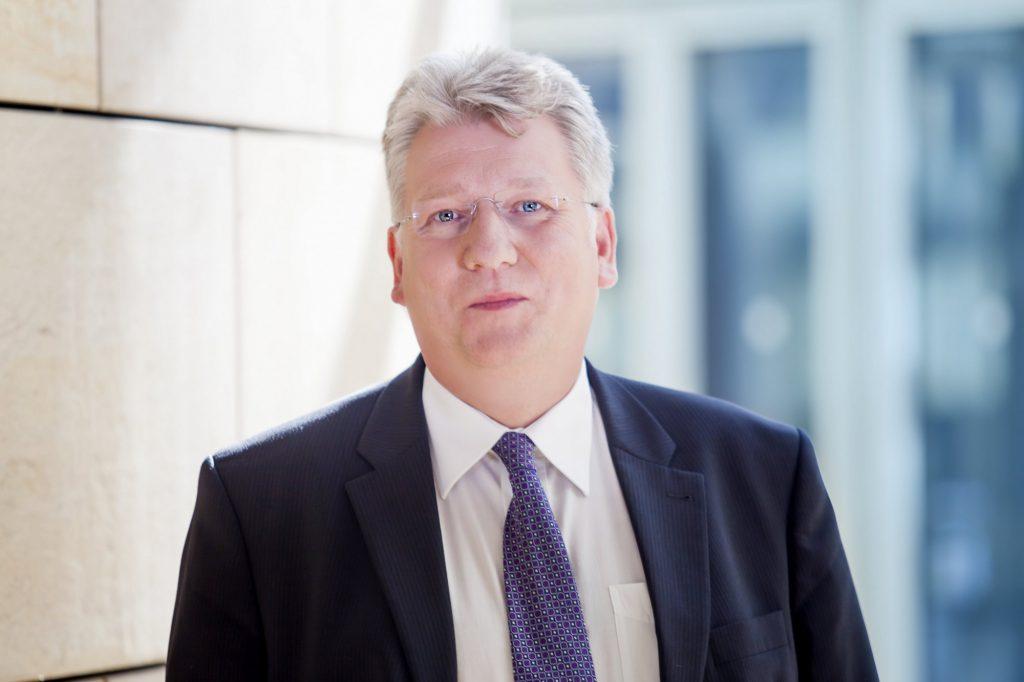 Kritisiert, dass die NRW-Landesregierung die fehlenden Gelder im Gemeindefinanzierungsgesetz nur Kredit aufstocken will: der heimische SPD-Landtagsabgeordnete Hartmut Ganzke. (Foto: SPD)