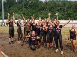 Das Foto zeigt die Teilnehmerinnen des HSC am Mud Run im vorigen Jahr. (Foto: privat)