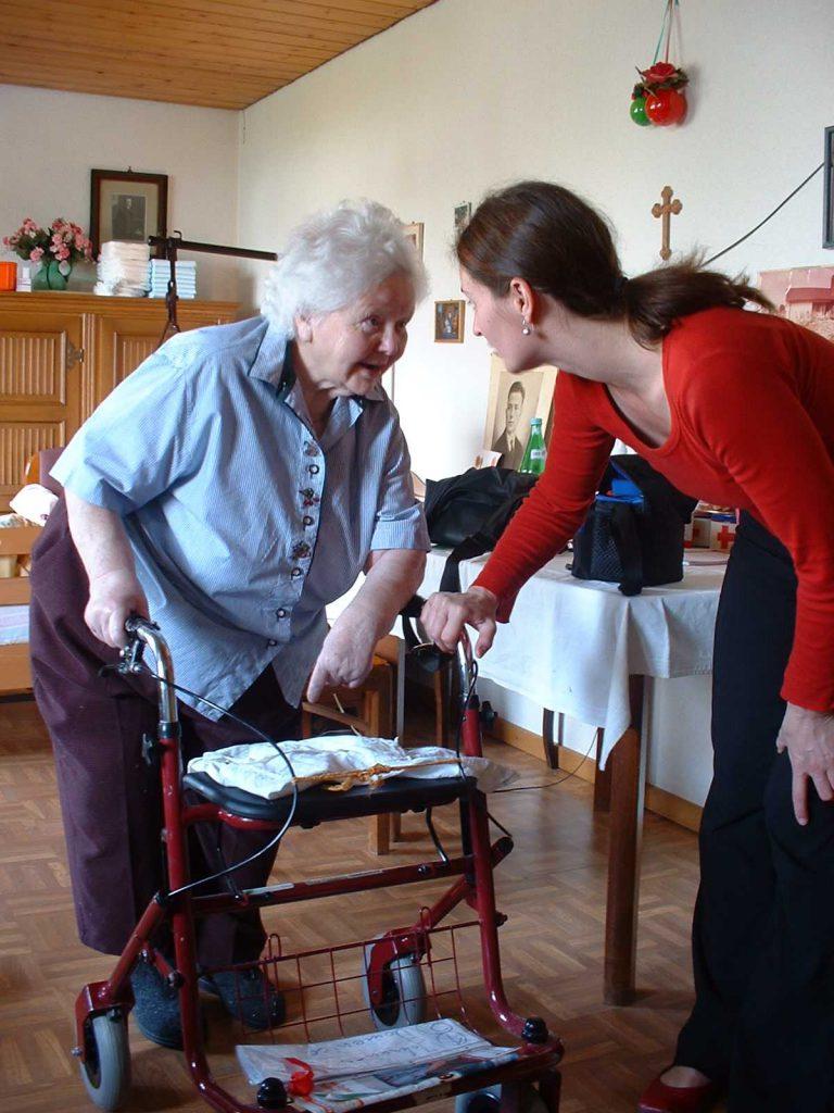 Ambulante vor stationärer Pflege ist im Kreis Unna (noch ein Erfolgsmodell. (Foto: Pixabay)