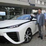 UKBS als Vorreiter: Erstes Auto mit Wasserstoff-Antrieb im Kreis Unna