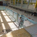 Neue Bädertechnik und Fliesen für die Kleinschwimmhalle